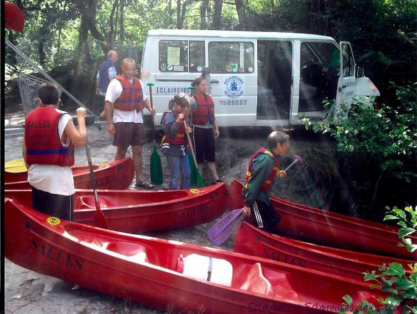 http://eclaireurs.gascogne.free.fr/uploads/extgallery/public-photo/medium/canoe2_1c679e.jpg